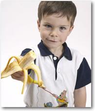 Jongen met banaan